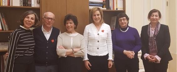 LA PRESIDENTA DEL CONSEJO GENERAL DE COLEGIOS DE LOGOPEDAS SE REÚNE CON LA MINISTRA DE EDUCACIÓN Y FORMACIÓN PROFESIONAL