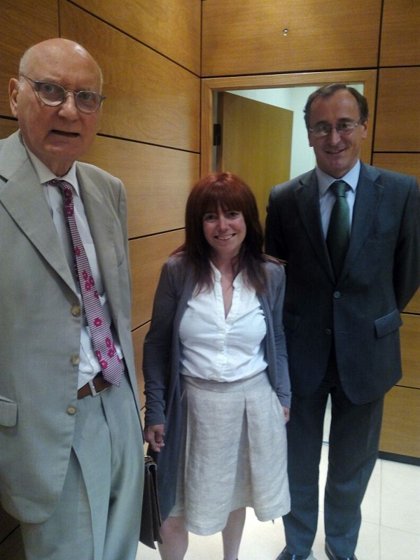 La Presidenta del Consejo General de Colegios de Logopedas, Dª Ana Isabel Vázquez Lojo, asiste al Pleno del Consejo Asesor de Sanidad
